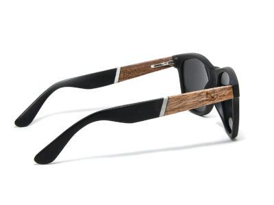 Tocco – Carbon fa napszemüveg oldalról