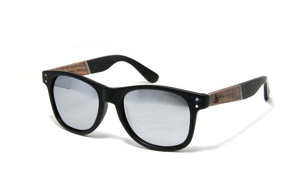 Tocco – Carbon fa napszemüveg szemből