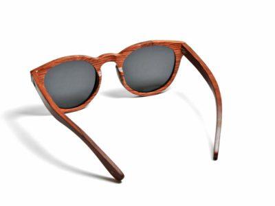 Tocco - Rosso fa napszemüveg hatulrol